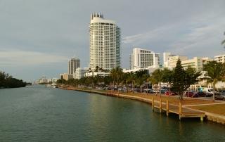 Miami Beach, photo by Jorge Brazil, https://www.flickr.com/photos/viajor/32671620234/in/photolist-RM5Ar9-gjdjTU-qZDnXM-ihTbWR-ikaNLd-2LbExP-99J12j-m9g22X-cw2LyL-7mivAS-e6xgL3-7DcP4x-q6SXV6-chcqRw-dUGyc1-qP8D29-8fWHUe-m9iyBp-bP88Vp-8fZZzU-858KYR-cw2NX5-ndVfje-6feE9n-m9JvAg-m86iBK-a822XR-hracVn-pSMF7T-ekYvYc-ouPjfa-7Cdj5j-98Vfrd-7W23N8-eEbr8w-gRzrBN-bM6xix-bH6XKK-S4mz7-q3Q28a-96Yfrf-bybQY5-918ocX-2L6zA4-m9hwHC-5EUMQP-84STkF-gSTfap-7FkP8D-8fNtpV